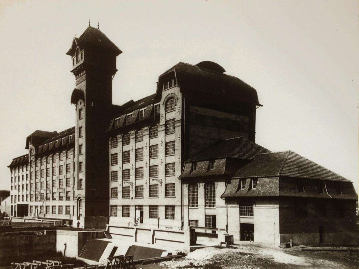 Grands moulins emmanuelle et laurent beaudouin architectes for Assistant d architecte