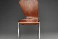 01-chaise-pole-bois-courbe