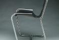 06-fauteuil-noir