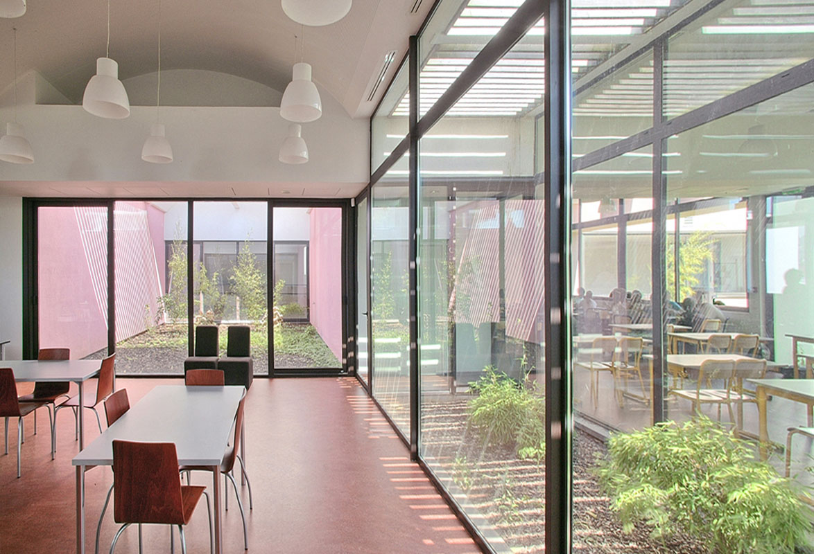 Coll ge montaigu emmanuelle et laurent beaudouin for Assistant d architecte